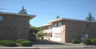 Royal Court Apartments Browne Ave Yakima
